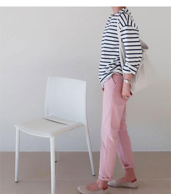 グレイヘアに似合うファッション(カラー)1